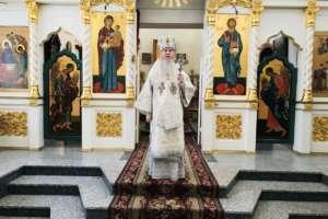 Праздничными богослужениями в Улан-Удэ был отмечен день собора Архистратига Божия Михаила и прочих Небесных Сил бесплотных.