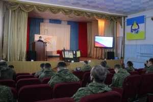 Священник провел занятия своеннослужащими одной извоинских частей Улан-Удэнского гарнизона