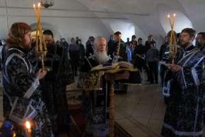 Митрополит Иосиф возглавил служение первой в этом году Пассии