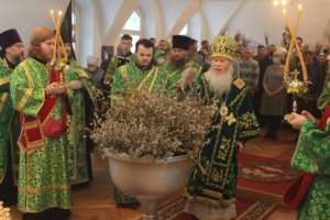 Верующие Бурятии отметили праздник Входа Господня в Иерусалим