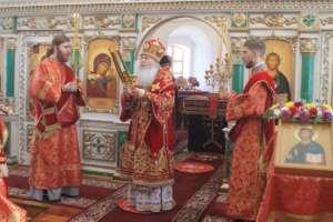 Богослужения в четверг Светлой седмицы и день памяти Георгия Победоносца в Сретенском женском монастыре