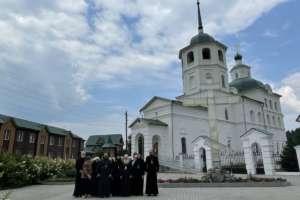 Архипастырский визит в Сретенский женский монастырь