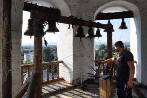 На колокольне Свято-Одигитриевского собора г. Улан-Удэ начались работы по установке электронного звонаря