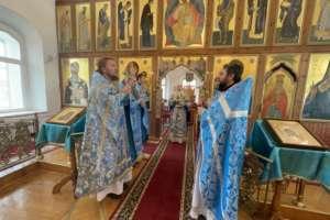 Воскресные Богослужения в Свято-Одигитриевском соборе г. Улан-Удэ