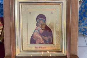 Богослужения в день празднования Владимирской иконе Божией Матери и памяти святых мучеников Адриана и Наталии