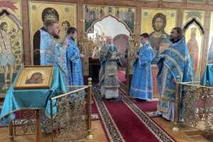 Празднование иконе Божией Матери «Неопалимая Купина» и память святителя Иоасафа Белгородского