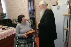 Помощь нуждающейся оказал митрополит Иосиф