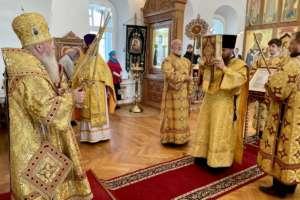 Воскресные богослужения вСвято-Одигитриевском соборе